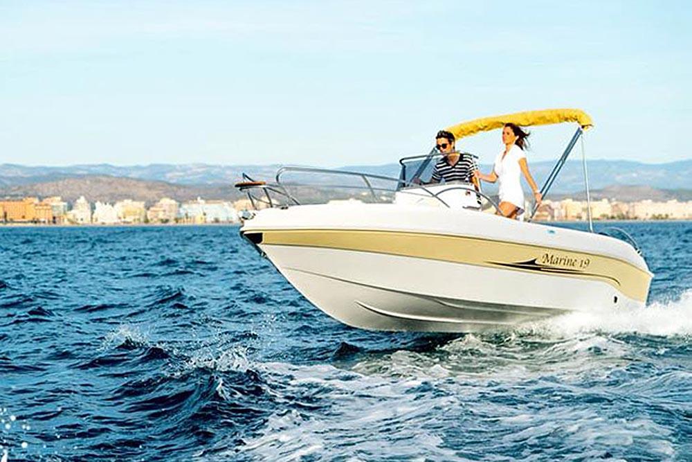 Noleggio barca a motore
